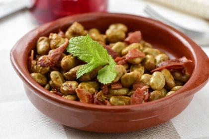 Pomysły na dania z bobem - nie tylko sałatka