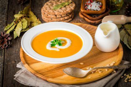 Pomysły na zupę krem - prosta, smaczna i sycąca