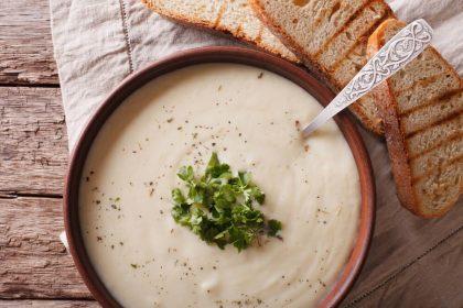 Pomysły na zupę krem z białych warzyw