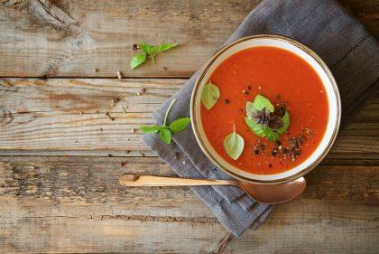 Pomysły na zupę krem z czerwonych warzyw