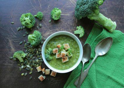 Pomysły na zupę krem z zielonych warzyw